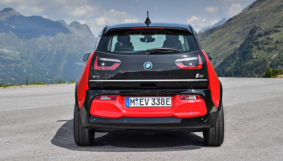 BMW i3S rear view